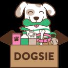Pes u balíčku Dogsie plném pamlsků