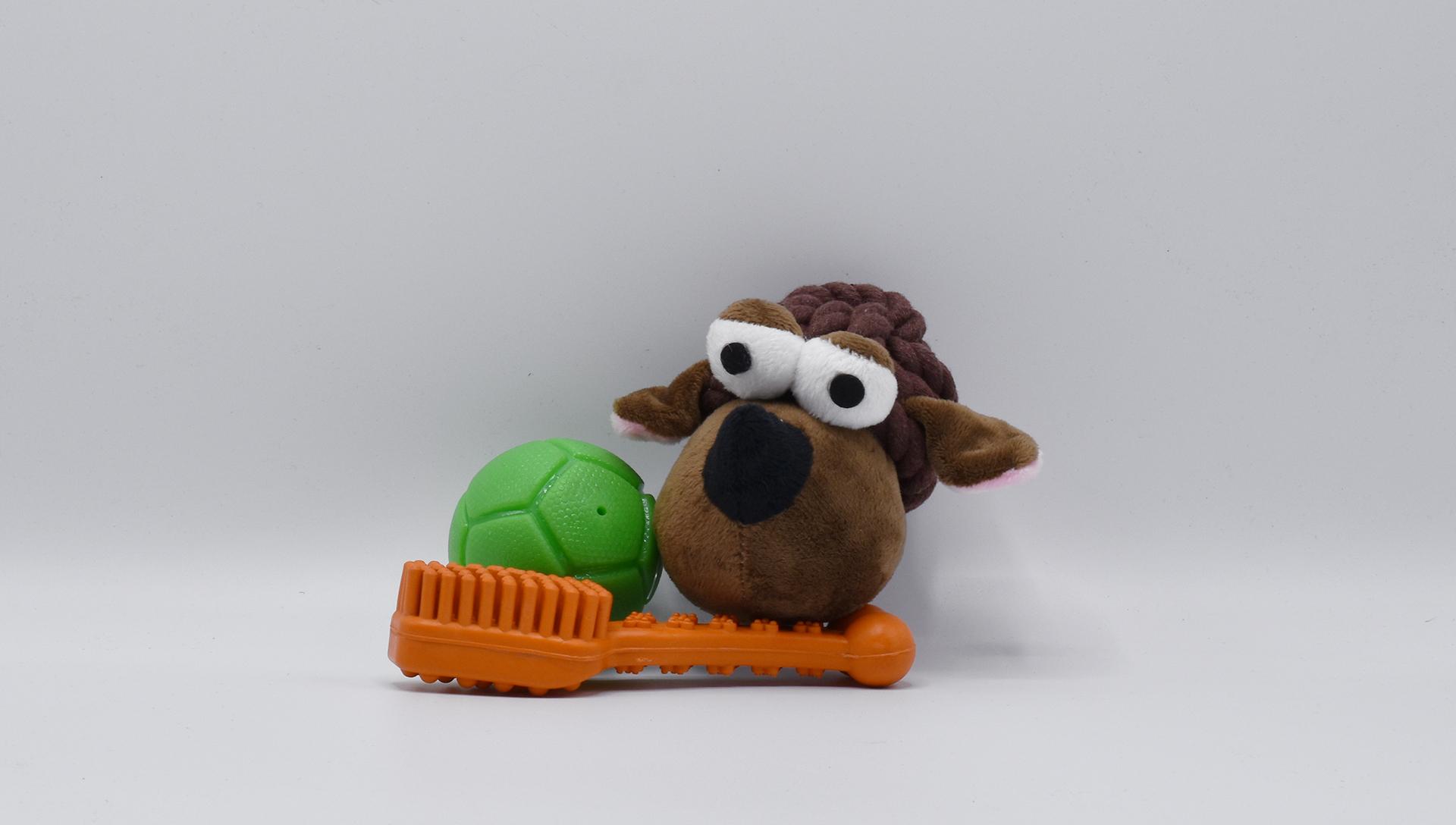 hračky z březnového Dogsie