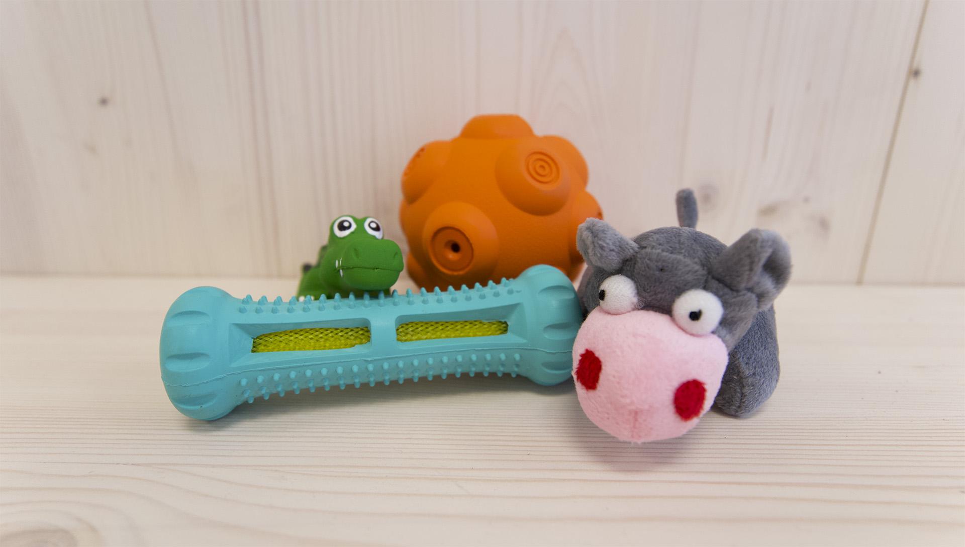 hračky ze zářijového Dogsie